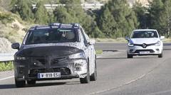 La future Renault Clio se confronte à son aînée