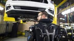 Ford équipe ses ouvriers d'un exosquelette !