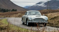 L'Aston Martin DB5 de James Bond refabriquée à 25 exemplaires