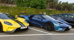Premier contact Ford GT : Road Legal Race Car