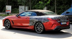 La BMW Série 8 Cabriolet ne cache plus grand-chose