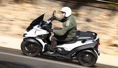 Essai du scooter à 4 roues : Le MP4 hausse le rythme