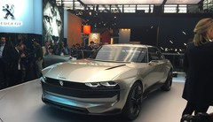 Peugeot e-Legend concept : LA star du salon