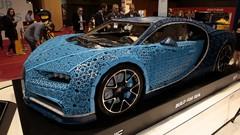 En « vrai » ou en Lego : la Bugatti Chiron au Mondial de l'Auto