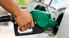 Prix des carburants: appel à un blocage des routes le 17 novembre