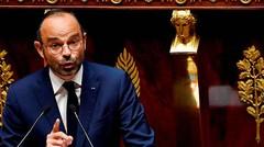 Carburant : la hausse des taxes est nécessaire pour Édouard Philippe