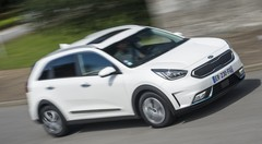 Essai : le Kia Niro hybride rechargeable contre le Niro hybride classique