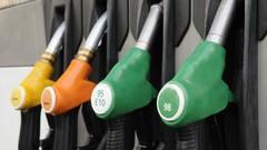 Carburants: les prix de l'essence chutent
