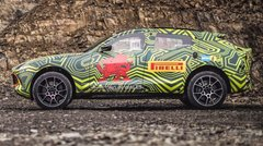 Aston Martin DBX: un prototype dans la boue