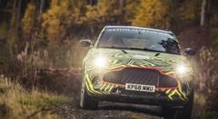 Aston Martin DBX : les premières photos du SUV camouflé