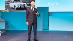 Renault: Thierry Bolloré assure l'intérim, Ghosn n'est pas destitué