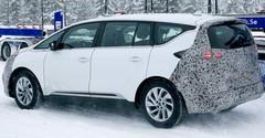 Renault Espace 5 restylé : Premières photos dans la neige