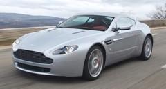 Nouvelle Aston Martin V8 Vantage : DaVntage d'émotion