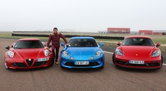 Essai Alfa Romeo 4C vs Alpine A110 vs Porsche Cayman par Soheil Ayari