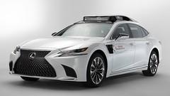 2 possibles sur ce prototype Toyota de voiture autonome