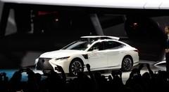 Toyota dévoile le P4, prototype offrant deux types d'autonomie