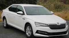Skoda Superb restylée : premières photos de la Superb 2019