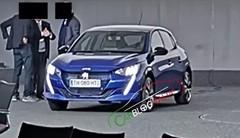 Renault Clio 5 contre Peugeot 208 2 : le match de l'année 2019