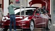 Model 3 : Tesla baisse encore le prix de son modèle phare