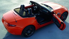 Mazda MX-5 Série spéciale 30e anniversaire : Place à l'orange