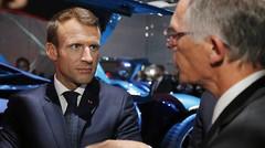 Macron défend la filière Europe des batteries et de la voiture autonome
