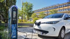 Emmanuel Macron : Plan de 700 millions d'euros pour le développement et la production de batteries