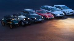 Phares automobiles : comment les feux ont-ils évolué en 120 ans ? Test vidéo