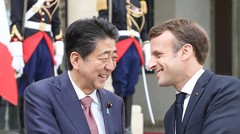 Affaire Ghosn : sobre rappel de Macron à Abe de la présomption d'innocence