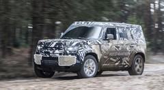 Land Rover Defender, bientôt prêt à tout ?