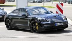 Porsche Taycan : Camouflage minimal pour la berline électrique