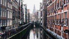 Amsterdam prévoit d'interdire les voitures thermiques en 2030