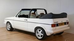 Marche arrière : La Volkswagen Golf 1 cabriolet