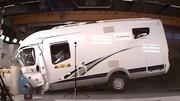 Camping-car : les images impressionnantes de crash-tests
