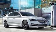 Skoda passe à l'hybride avec la nouvelle Superb iV