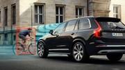 Volvo réalise des crash-tests avec des casques de vélo