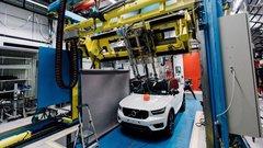 """POC et Volvo s'associent pour un crash-test spécial """"cycliste"""""""