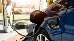 Sécurité routière : pourquoi les voitures électriques feront bientôt plus de bruit