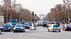 Vignette Crit'Air : la chasse aux véhicules polluants est ouverte !