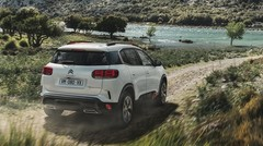Carburant, péages, entretien : comment faire des économies avec sa voiture cet été ?