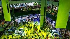 Automobile : le salon géant de Francfort douché par la crise