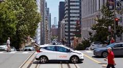 General Motors temporise sur la voiture autonome