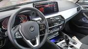 La BMW Série 5 restylée montre son intérieur
