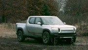 "L'incroyable mode ""Tank Turn"" du pick-up électrique Rivian"