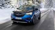 Essai Opel Grandland X Hybrid4 : l'invité sur prise
