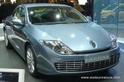 Coupé haut de gamme, moteurs haut de gamme chez Renault