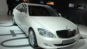 Une Mercedes écolo : la S400 BlueHYBRID