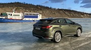 Essai Lexus RX450h, un restylage sans se brusquer