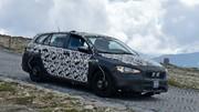 Fiat Tipo SW 2021 : La version Cross aperçue dans les Alpes