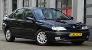 Marche arrière : La Renault Laguna I V6 24s