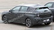 La future Peugeot 308 2021 montre ses phares